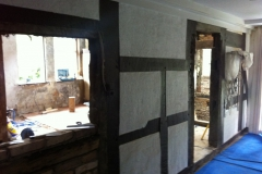 fachwerk-wohnbereich-restaurieren-sandstrahlen-feinstrahlen-hannover-3-flur_vorher_2527