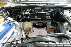 Mercedes-W116-Motorraum-restauriert